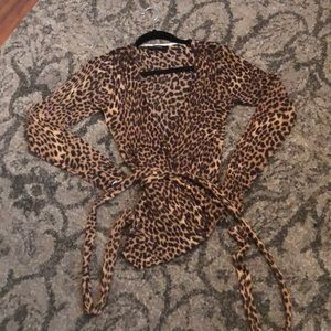 Olivaceous leopard print sweater